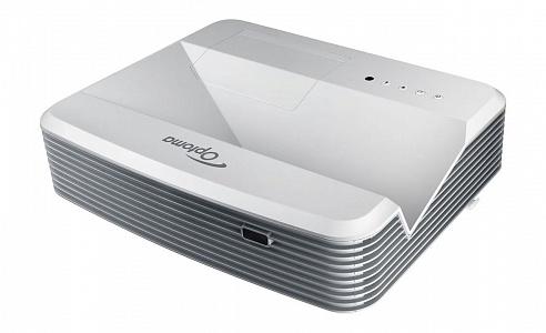 Ультракороткофокусный проектор с яркостью 4000 лм и разрешением XGA (1024*768)