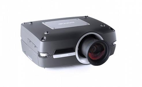 Компактный трехчиповый трехмерный DLP проектор