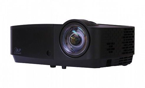Короткофокусный проектор с высокой яркостью и доступной ценой