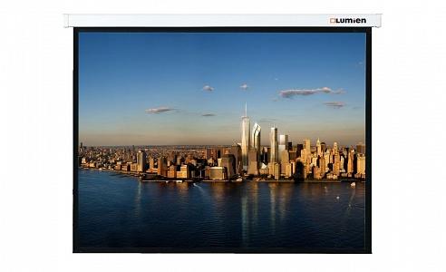 Универсальные настенные экраны с ручным управлением. Подпружиненный механизм обеспечивает плавное сворачивание и высокую детализацию изображения.