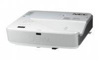 Ультракороткофокусный проектор с яркостью 3200 лм и разрешением Full HD (1920*1080)