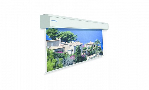 Проекционный экран для крупных мероприятий. Ширина полотна может быть от 7 до 10 метров